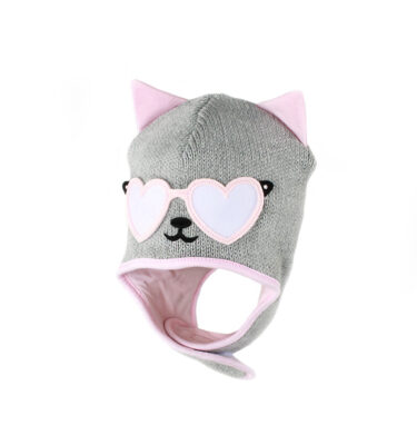 A winter baby girl cat hat