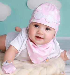 baby girl gifts-gifts for girls-baby girl hats-baby bonnets-newborn hats