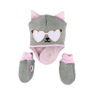 A baby girl winter hat with gloves