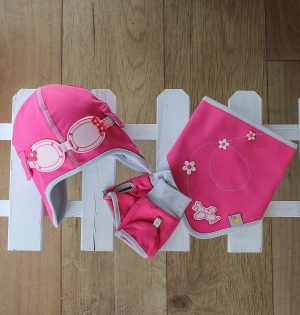 Baby Gift Set - Hat, Bib and Gloves in pink
