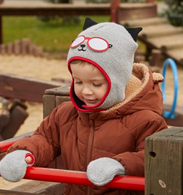 baby-woolly-cat-hat-and-gloves-set