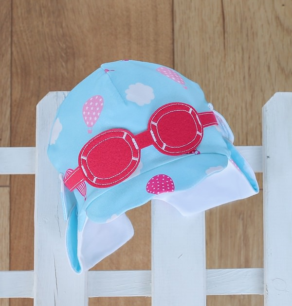 baby sun hat in pink