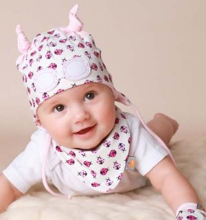 Baby Gift Set of Beanie Hat, Bib and Mittens - Pink Ladybird