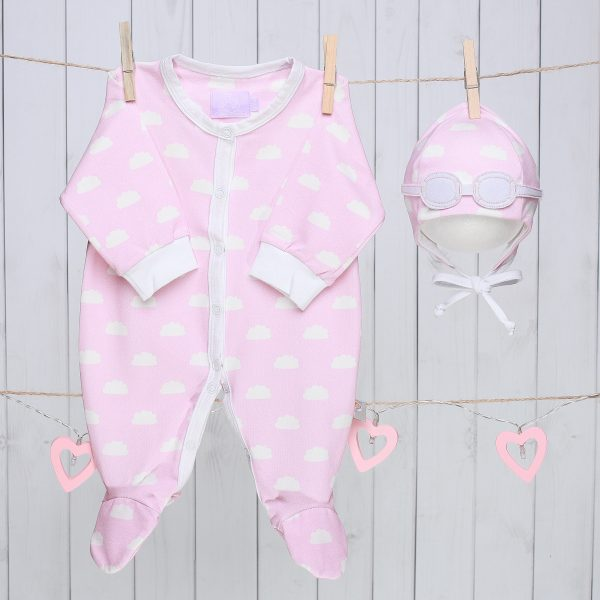 Baby Gift Set of Pilot Hat and Bodysuit – Pink Clouds