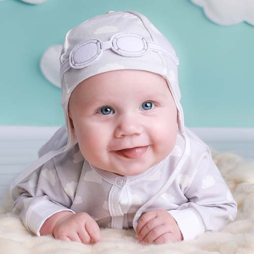 9772e0062 Unisex Baby Gift Set 2-piece Pilot Hat and Bodysuit – Grey Clouds ...