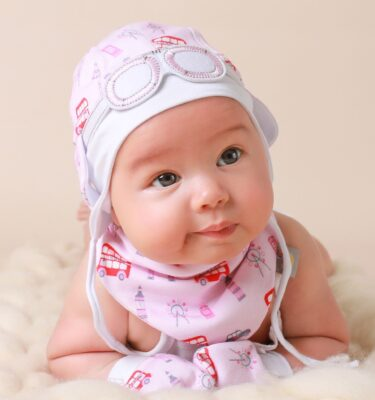 baby-girl-hats-and-gift-sets