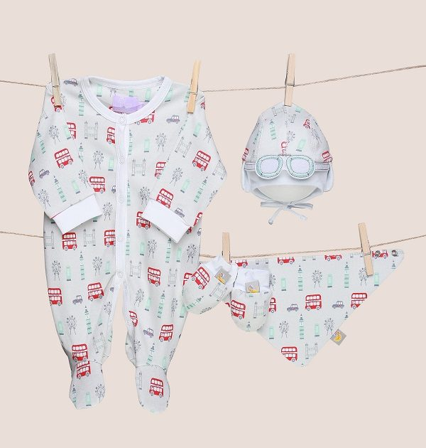 new baby gift sets-baby shower gifts-unisex baby gifts-baby hats