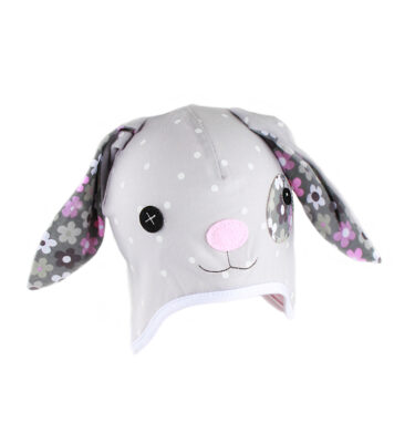 A lovely bunny hat
